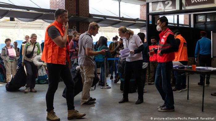 Coronavirus: Countries scramble to retrieve tourists stranded in Asia